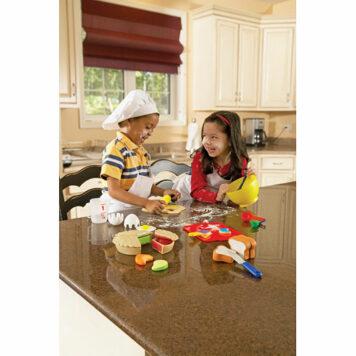 Pretend & Play Bakery Set