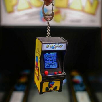 World's Smallest - Pac-Man Tiny Arcade