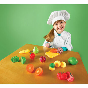 Pretend & Play Sliceable Fruits & Veggies